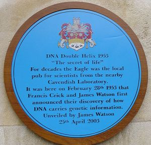 776px-TheEaglePub-Cambridge-BluePlaque