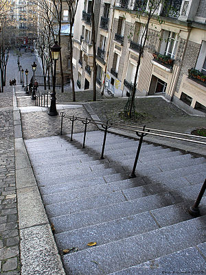300px-Montmatre_bordercropped