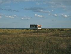 caravan-1488123__180.jpg
