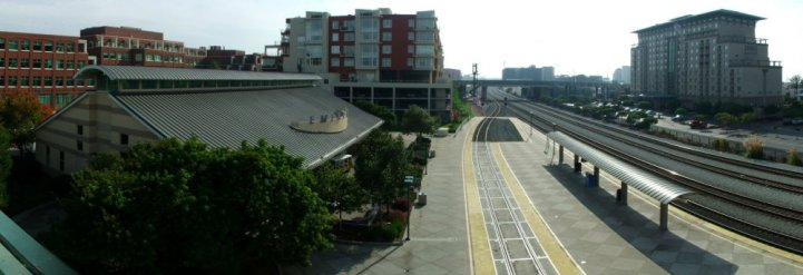 Emeryville_Amtrak_station_November-2005.jpg