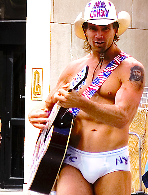 new-york-city-times-square-naked-cowboy-2-gentry