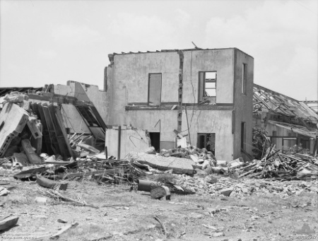 Remains_of_the_Customs_House.jpg